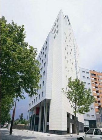 Bcn vision traslada sus oficinas centrales a mollet del for Blau hotels oficinas centrales